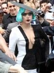 Gaga_Versace_Paris